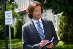 "Supernatural -- ""Atomic Monsters"" -- Image Number: SN1501a_0060r.jpg -- Pictured: Jared Padalecki as Sam -- Photo: Diyah Pera/The CW -- © 2019 The CW Network, LLC. All Rights Reserved."