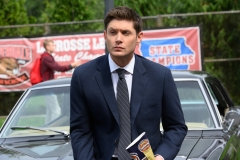 """Supernatural -- """"Atomic Monsters"""" -- Image Number: SN1501a_0207r.jpg -- Pictured: Jensen Ackles as Dean -- Photo: Diyah Pera/The CW -- © 2019 The CW Network, LLC. All Rights Reserved."""