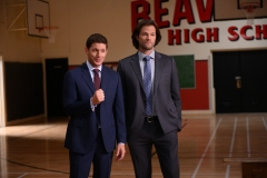 """Supernatural -- """"Atomic Monsters"""" -- Image Number: SN1501b_0098r.jpg -- Pictured (L-R): Jensen Ackles as Dean and Jared Padalecki as Sam -- Photo: Diyah Pera/The CW -- © 2019 The CW Network, LLC. All Rights Reserved."""