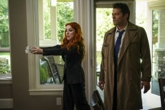 "Supernatural -- ""Raising Hell"" -- Image Number: SN1503A_0212b.jpg -- Pictured (L-R): Ruth Connell as Rowena and Misha Collins as Castiel -- Photo: Colin Bentley/The CW -- © 2019 The CW Network, LLC. All Rights Reserved."